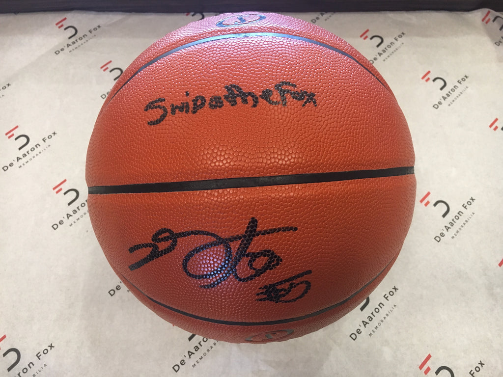 "De'Aaron Fox Sacramento Kings Officially Licensed Spalding NBA Replica Game Ball Signed in Black Paint Marker with Inscription ""Swipathefox, Signature, #5"""
