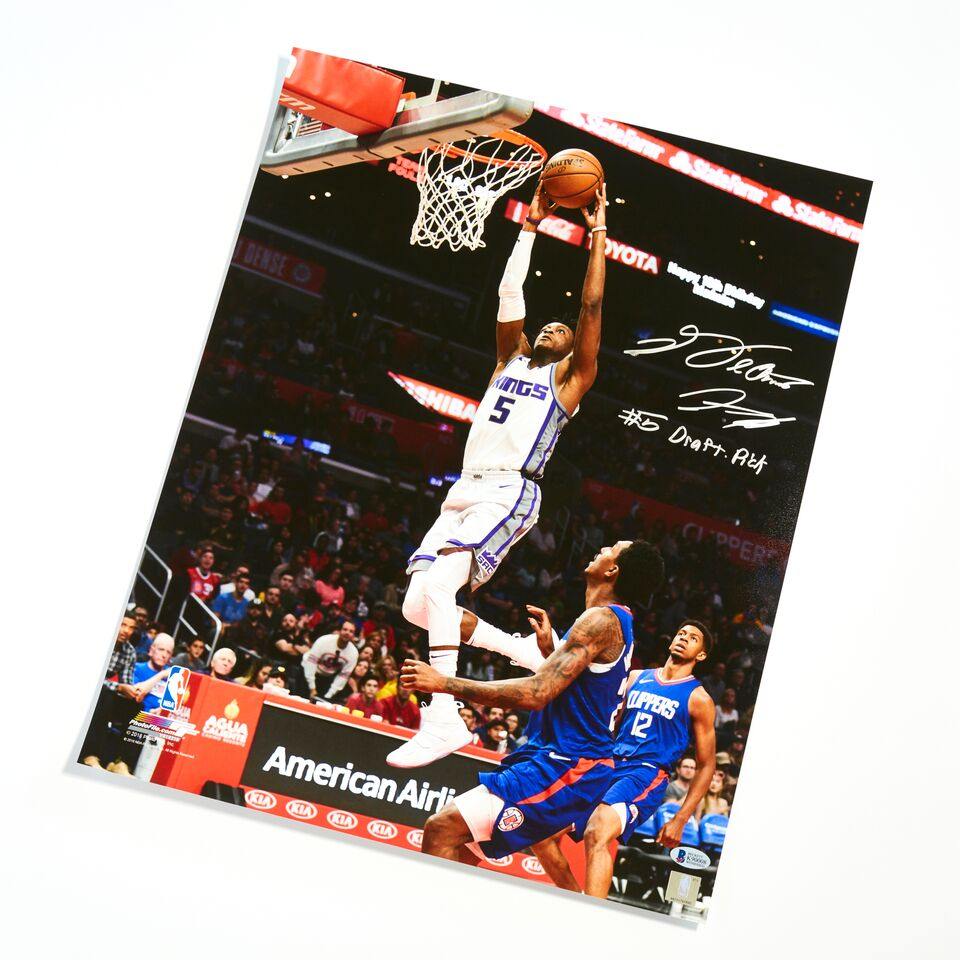 De'Aaron Fox Sacramento Kings Authentic Autographed with Inscription 16x20 Dunk Photograph