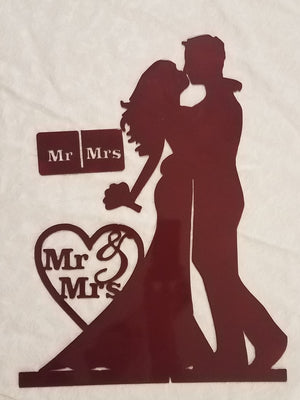 Mr & Mrs Centerpiece Kissing w/flowers
