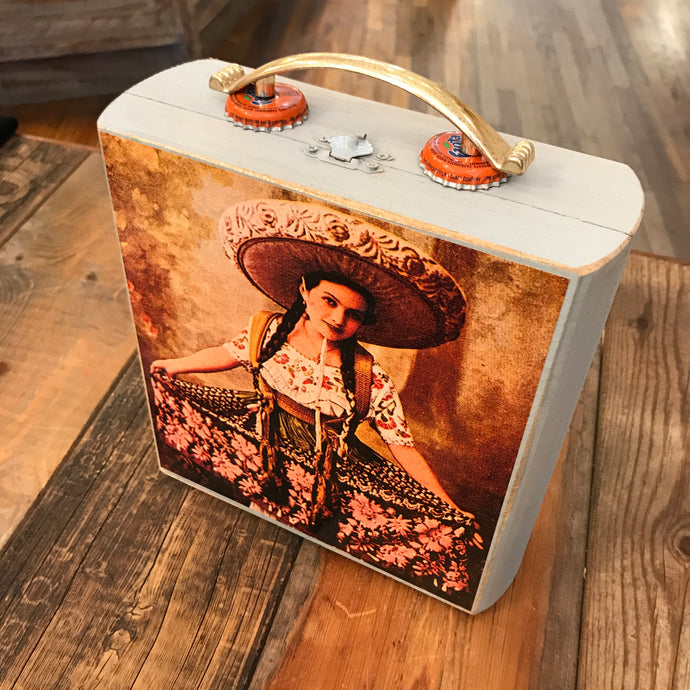 Señorita Cigar Box