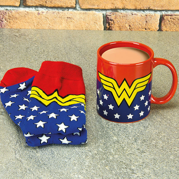 Mug - DC Comics - Wonder Woman - Mug and Socks Gift Set - Gloriously Geek