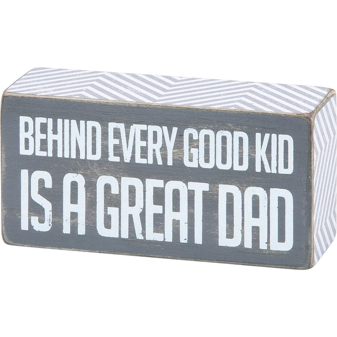 Is a Great Dad Box Sign