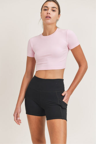 Essential Micro-Ribbed Cropped Athleisure Tee in Light Pink