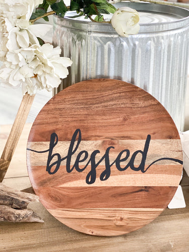 BLESSED NATURAL WOOD ROUND