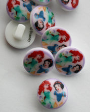 Snow White and Ariel Disney Button - 10mm