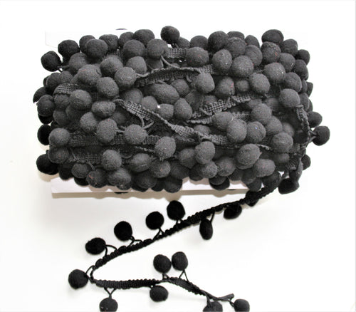 Dark Grey - Pompoms