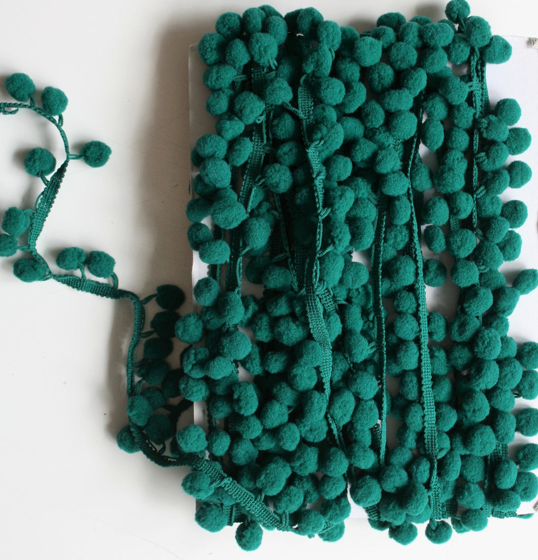 Dark Green - Pompoms
