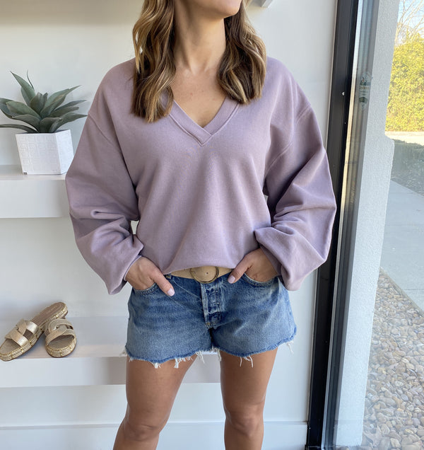 V-Neck Balloon Sleeve Sweatshirt in Muted Lavender
