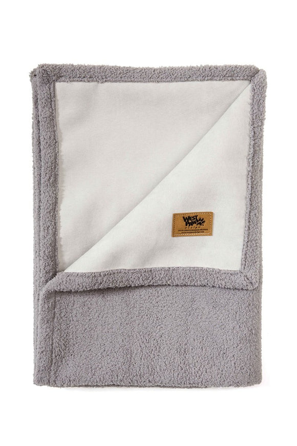 Big Sky Blanket Smoke - Yip & Purr® Official Website