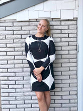 Pihdat Kivet Dress