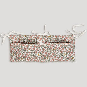 Bed Pocket in Floral Vines