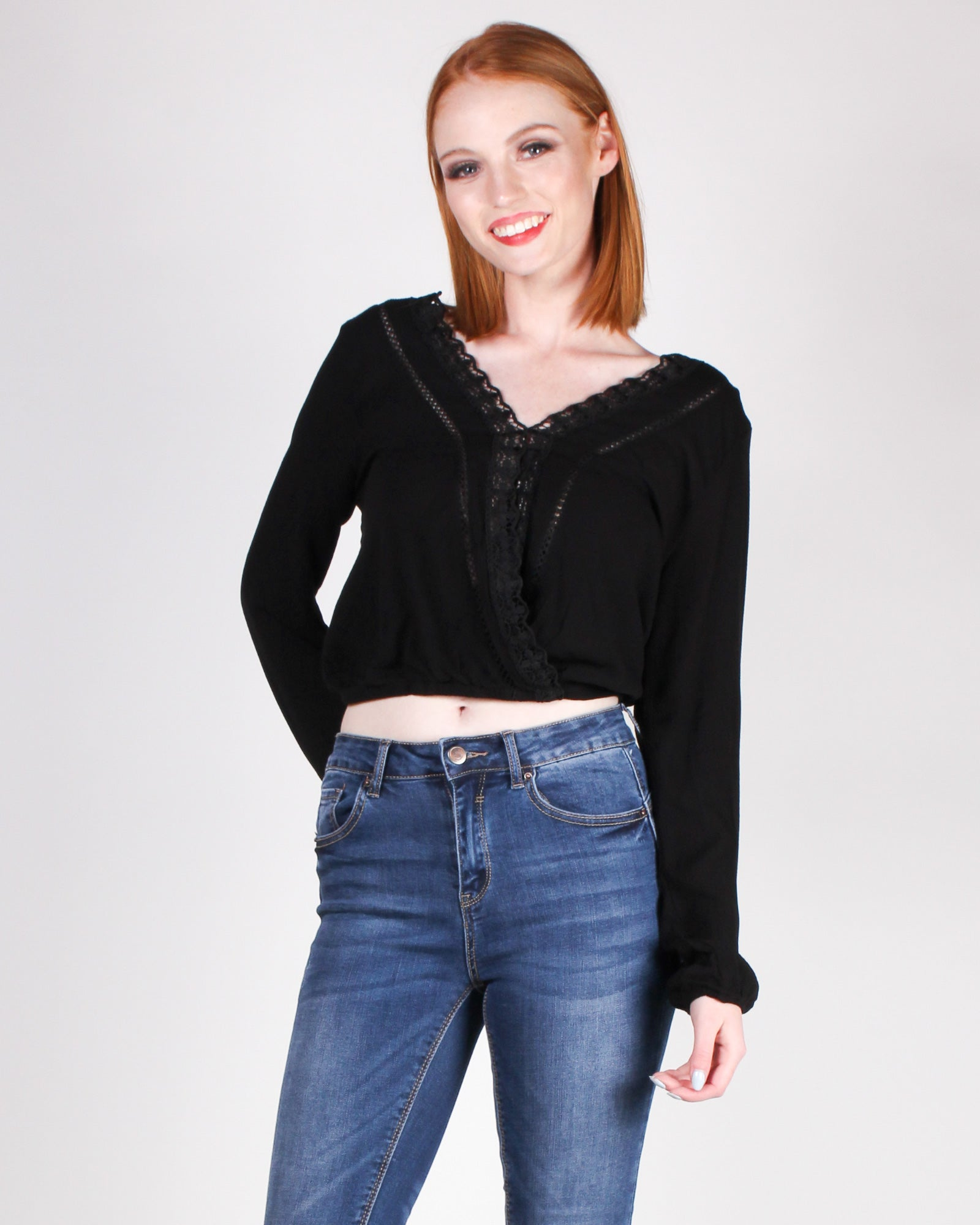 Beautiful Paths Leads to You Blouse (Black)