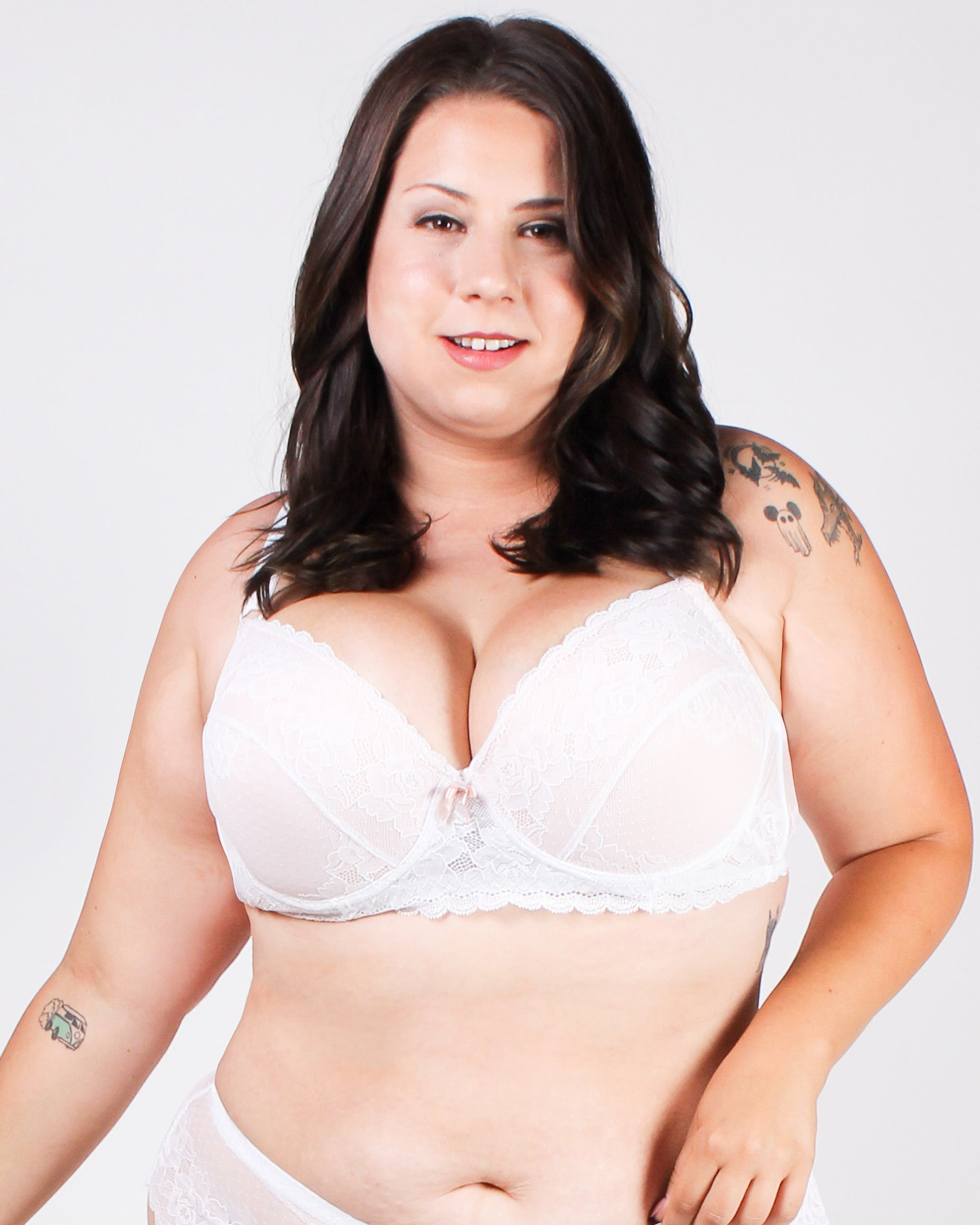 Revel in it Lace Plus Bra (White)