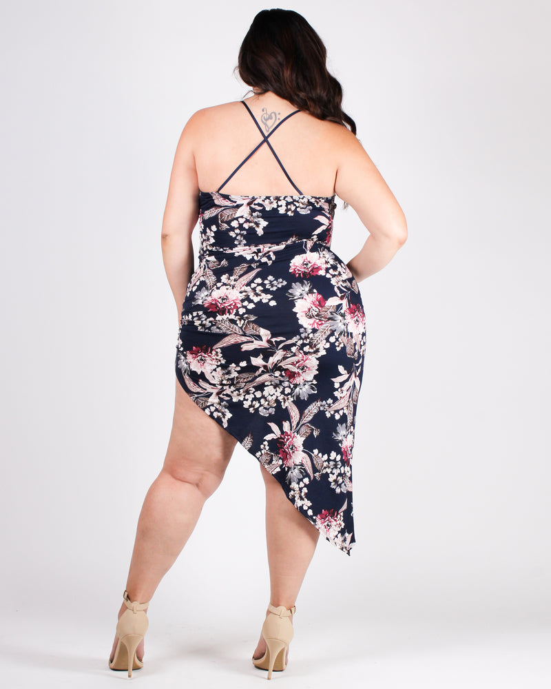 Floral-ize Me Sexy Bodycon Plus Dress (Black)