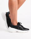 Atlanta Lightweight Sneakers (Black)
