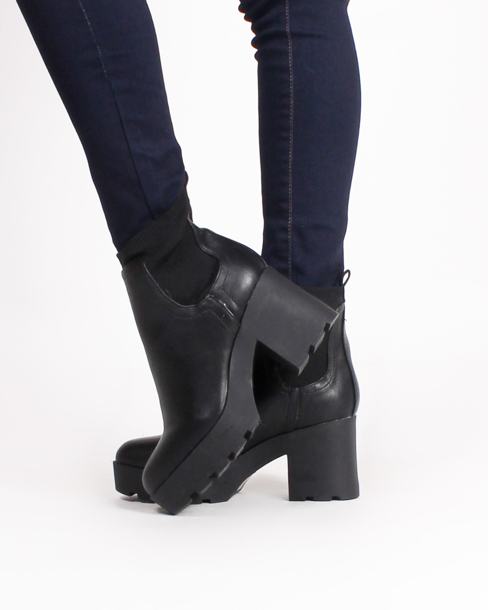 Fashion Q Shop Q Winnipeg Booties (Black) VISTA-01
