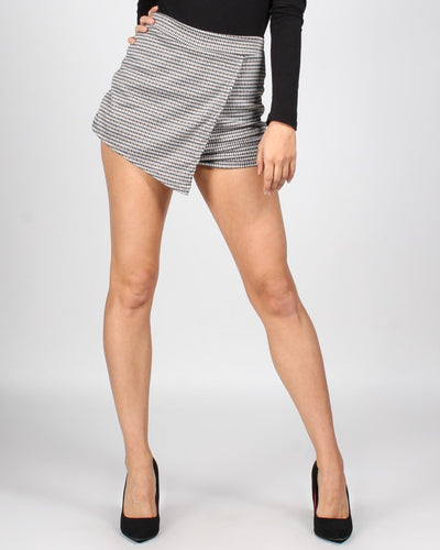 Fashion Q Shop Q Aint Nothing But A Houndstooth Skort S6660-12
