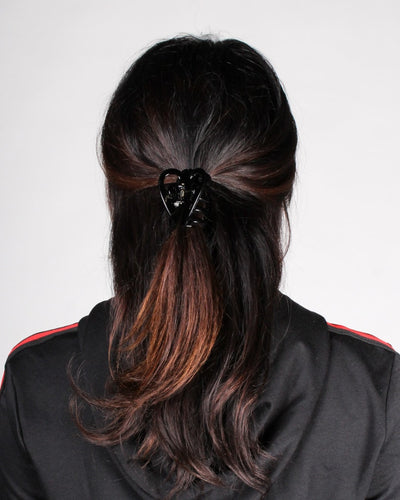 Amore Hair Clip One / Black Accessory