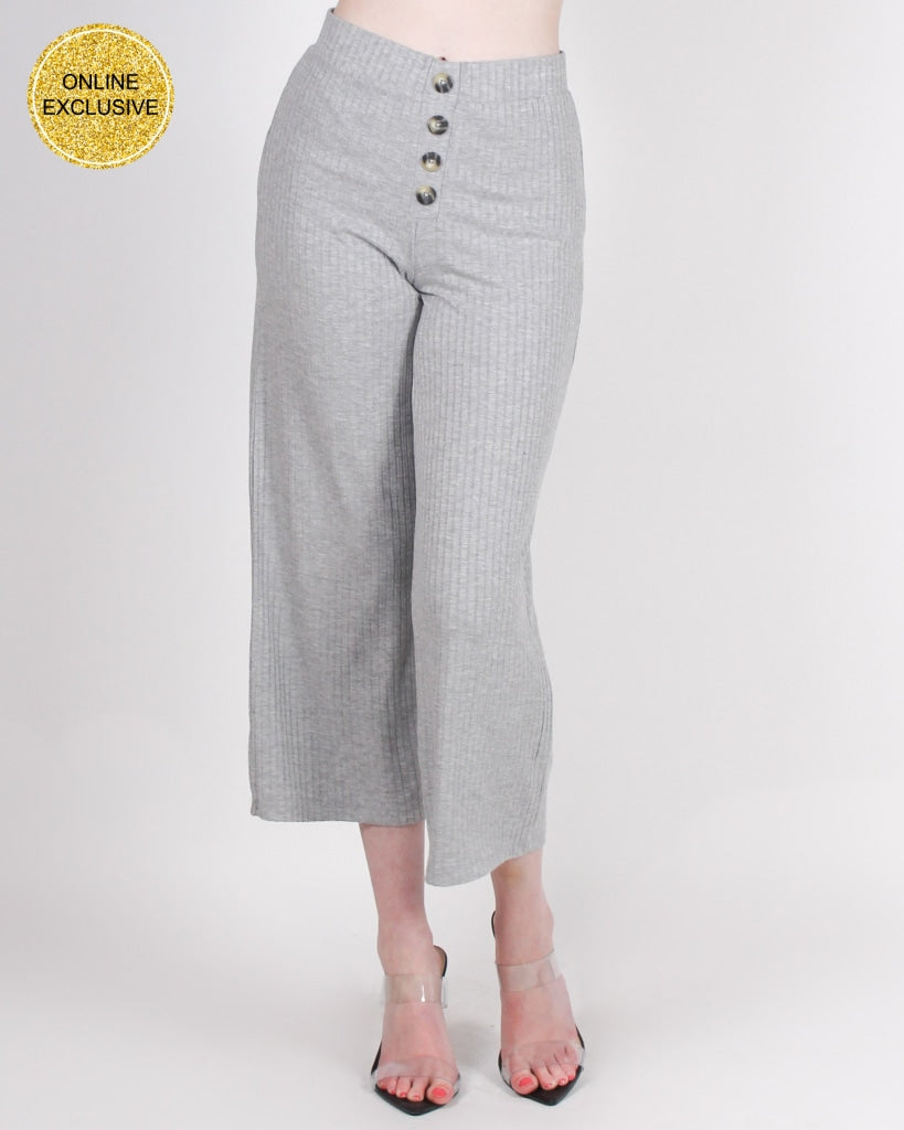 Daze Of Our Lives Gaucho Pants (Heather Grey) S / Heather Grey Bottoms