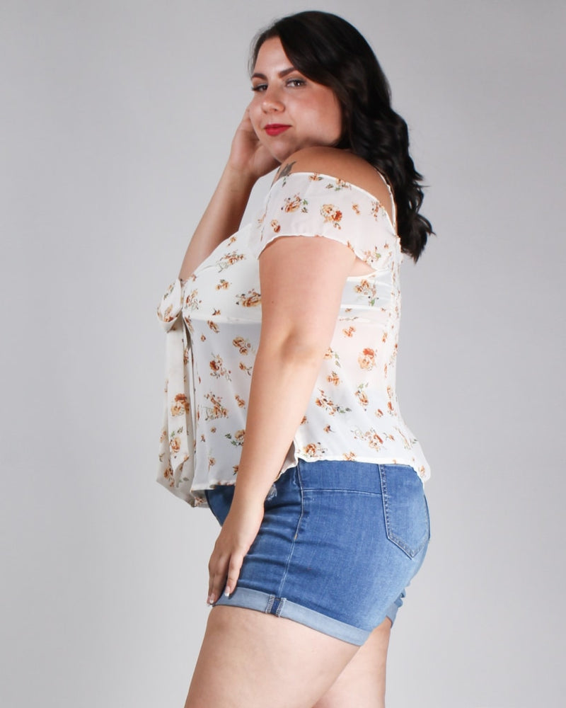 Floral Magic Is Within You Plus Top Cream / 1X Tops