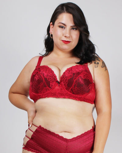 Lacely Distractions Plus Bra Red / 38D