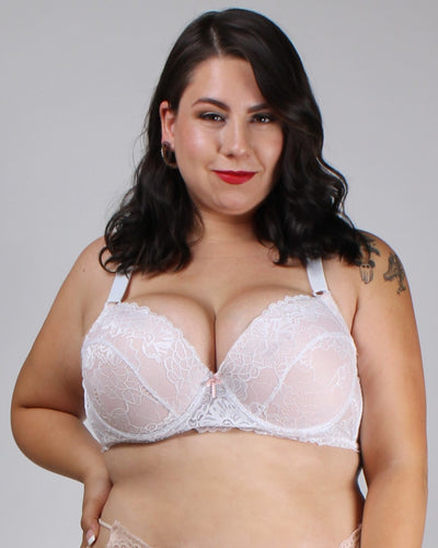 Lacely Distractions Plus Bra White / 38D
