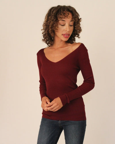 Ribbed Pullover Sweater S / Burgundy Tops