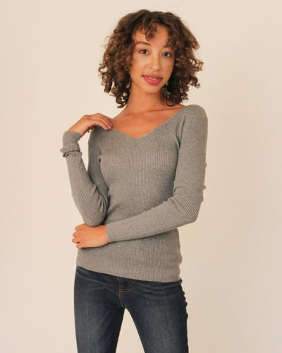 Ribbed Pullover Sweater S / Light Grey Tops
