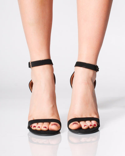 The Los Angeles Heels   New Arrivals
