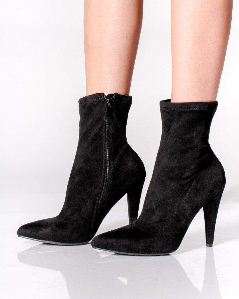The Milan Pointy Toe Booties 5 / Black Shoes
