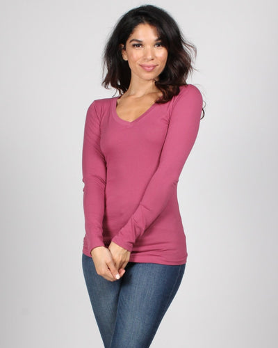 The Q Basics: Long Sleeve V-Neck Top S / Mauve Tops