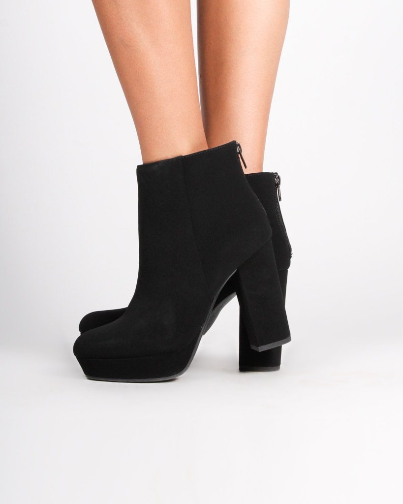 The Seattle Chunky Booties 5 / Black Shoes