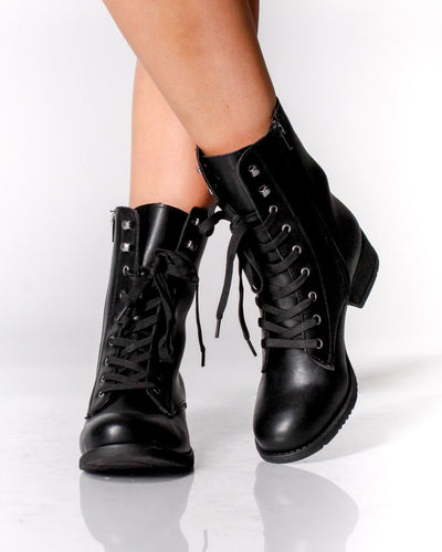 The Seattle Combat Boots Shoes