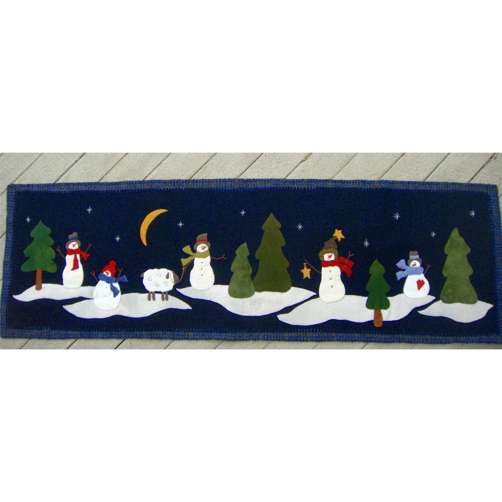 Winter Wonderland Bed Runner