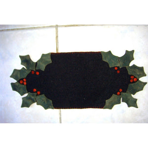 Mini Holly Table Mat