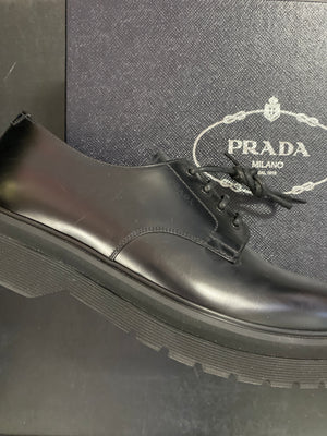 Prada Nero Lace Up sz 8