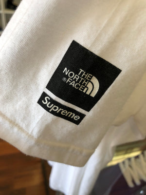 Supreme x The North Face tee sz L