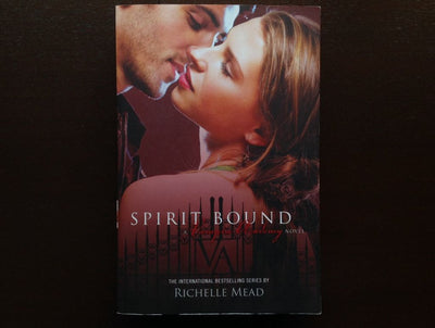 Richelle Mead - Spirit Bound Fiction
