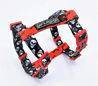 Geniusgogo Printed Polyester Adjustable H Strap Dog Harness - Skulls/Bats