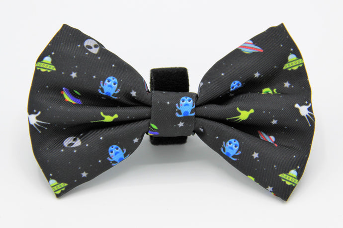Geniusgogo Removable Soft Unisex Dog/Pet Bow Tie - Aliens