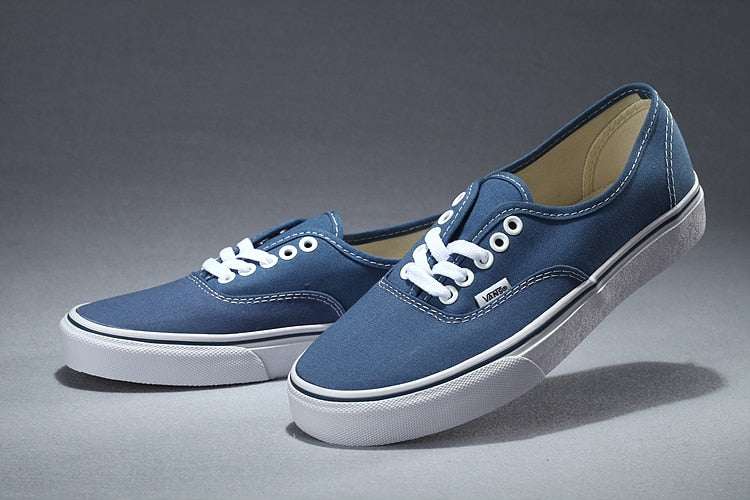 53a33668b001 VANS Authentic Classic Womens Sneakers shoes