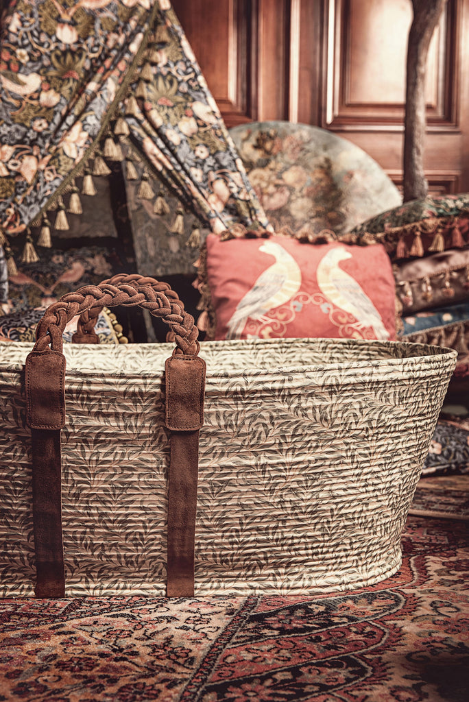 dockatot moses basket and play tent
