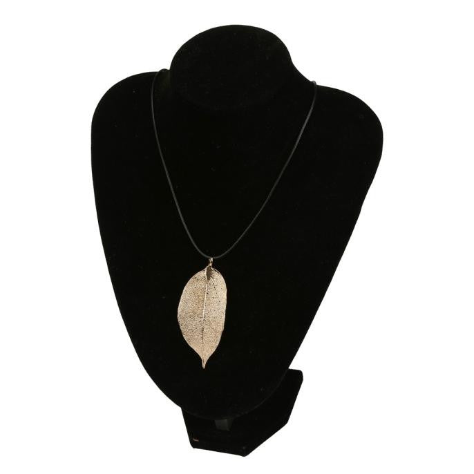 VIVA Lux Leaf Pendant Cord Necklace