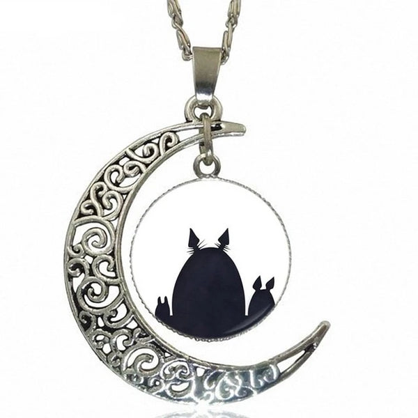 Shadowing Necklace