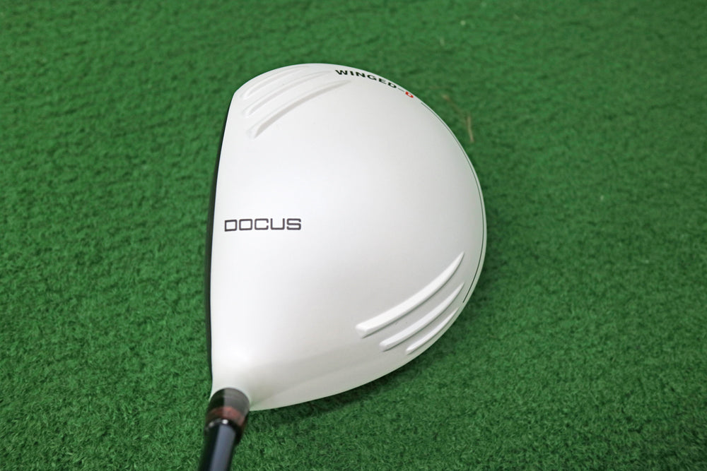 DOCUS DCD711 WINGED-D × OLYMPIC DERAMAX 03β-49D-SR