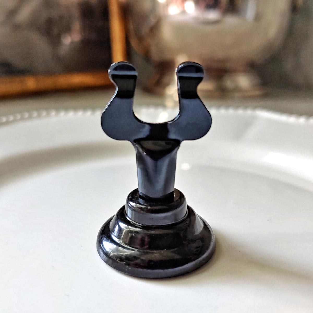 The Punctilious Mr. P's Simple Black Lacquer Place Card Holder