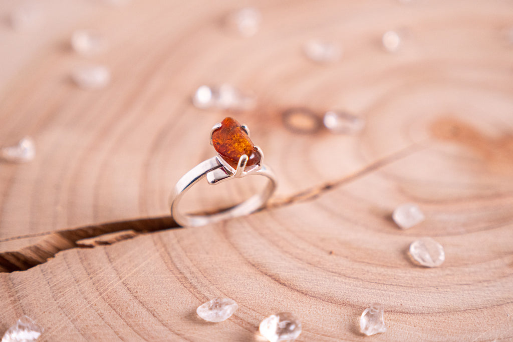 Amber Hera ring | Sterling silver