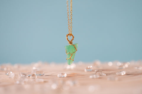 Chrysoprase dainty necklace // 14k yellow gold fill
