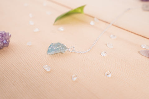 Aquamarine dainty necklace / sterling silver