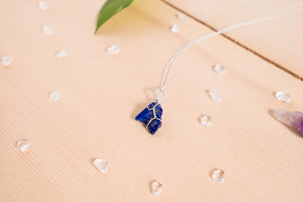 Lapis Lazuli dainty necklace / sterling silver
